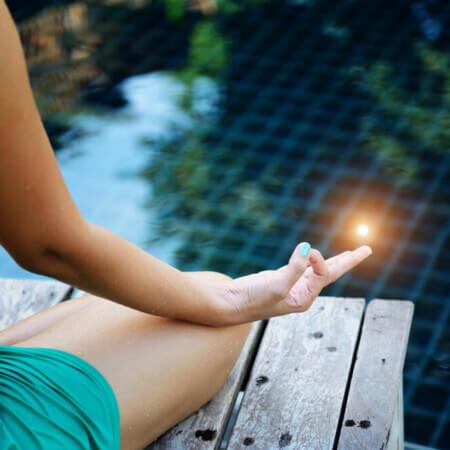 4 Misperceptions + 4 Truths About Meditation | www.downshiftology.com