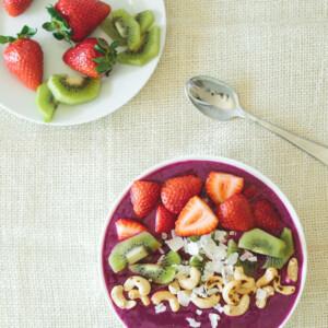 (gluten-free) Pitaya Smoothie Bowl