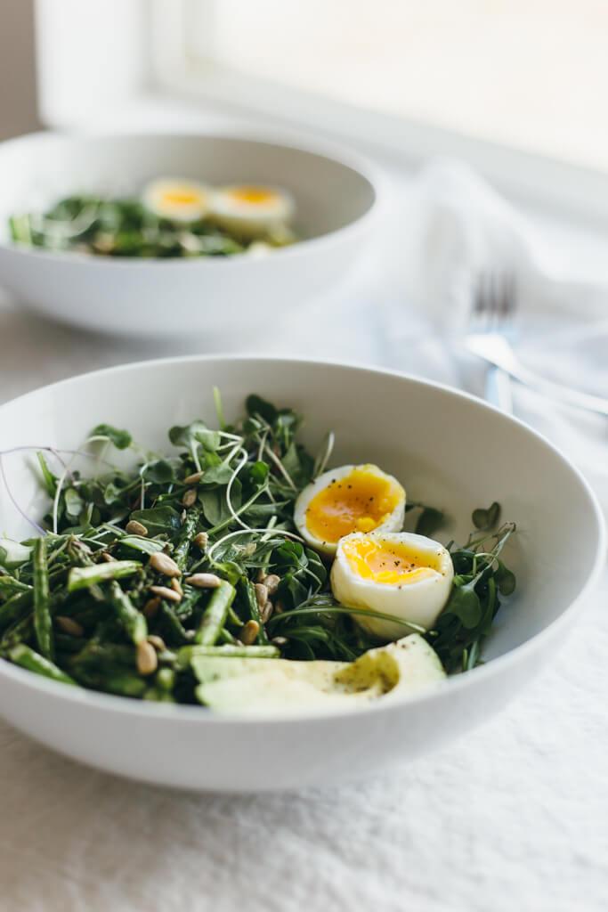 Arugula, Asparagus and Avocado Breakfast Salad ...