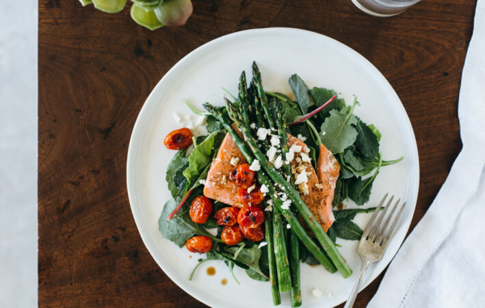 (gluten-free, paleo) Salmon Asparagus Salad with Blistered Tomatoes.