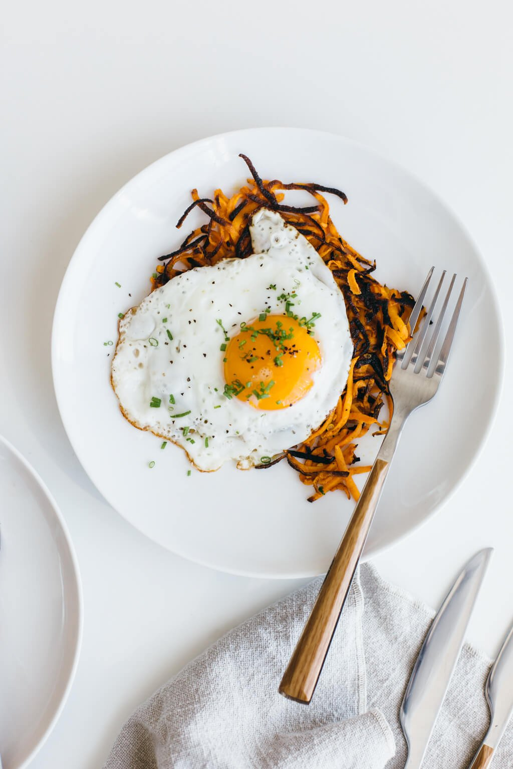 (gluten-free, vegan, paleo) These sweet potato hash browns make for the most delicious and healthy breakfast!