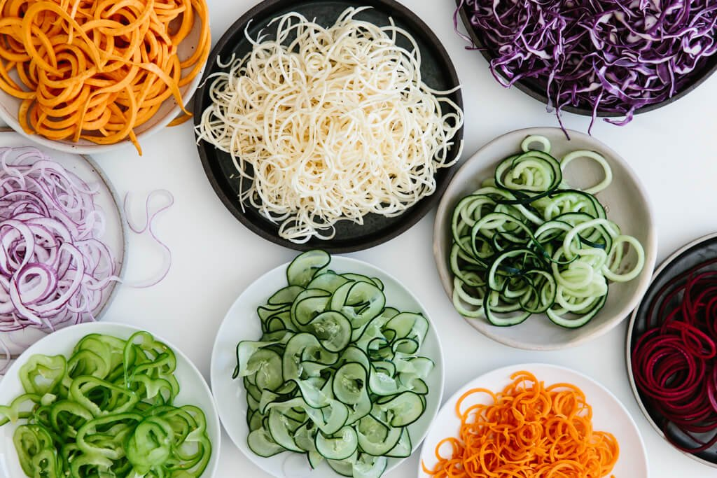 Spiralizer Beginner S Guide 10 Vegetables To Spiralize Downshiftology