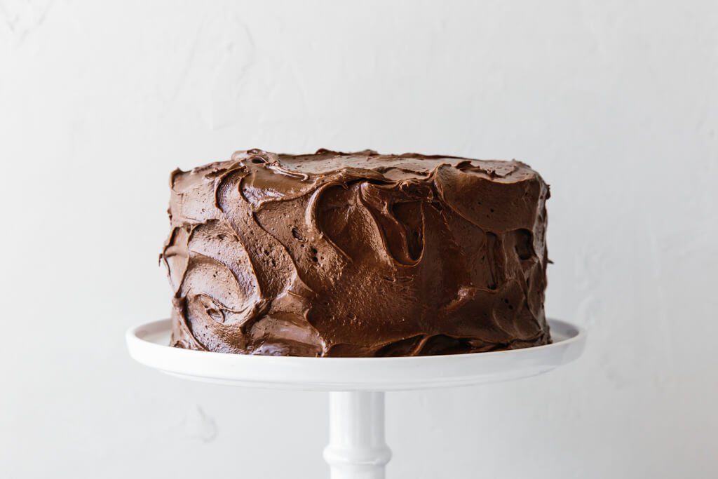 Amazing Paleo Chocolate Cake glutenfree dairyfree Downshiftology