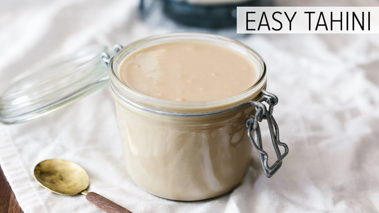 Tahini Recipe (Super Easy & Creamy)