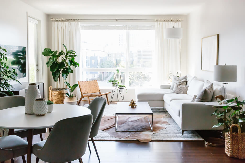Merveilleux Take A Tour Of My Modern And Minimalist Living Room. My Interior Design  Style Is