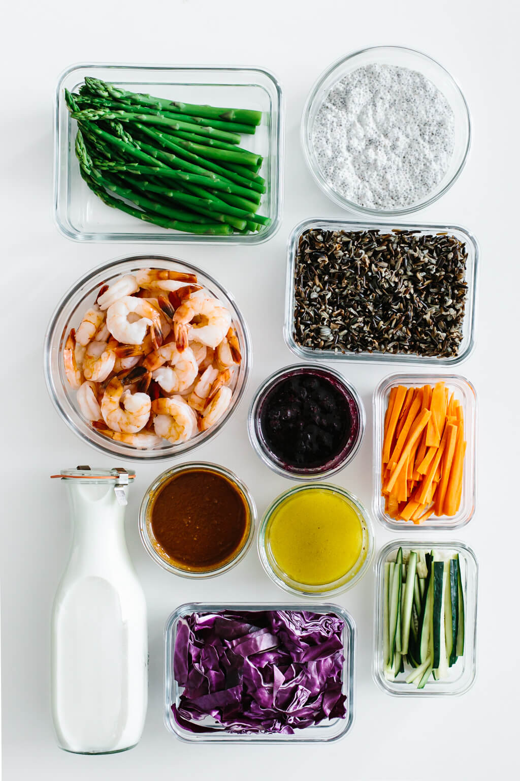 Take advantage of fresh, seasonal produce in this healthy meal prep for spring guide. With 11 ingredients meal prepped you can make a variety of healthy recipes.